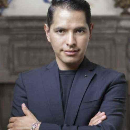 Eduardo Mora